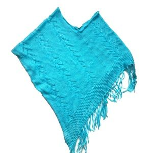 No Boundaries Cable-Knit Fringe Cape O/S Turquoise